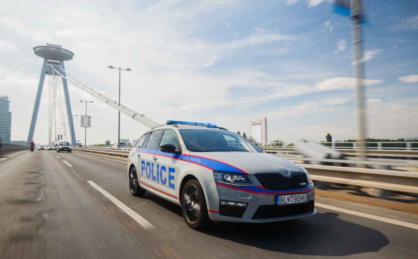 How does an intelligent police car serve citizens?